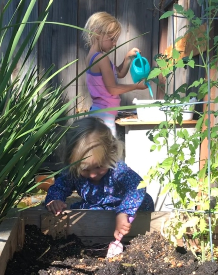 The Benefits of Dirt and Mud Play —  and the Easiest DIY Mud Kitchen Ever