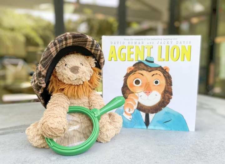 Agent Lion by David Soman and Jacky Davis